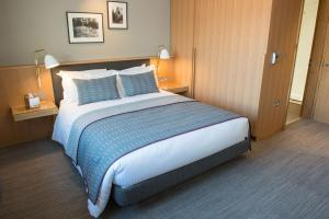A bed or beds in a room at West Court- Jesus College