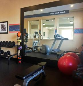 The fitness center and/or fitness facilities at Hampton Inn & Suites by Hilton Edmonton International Airport