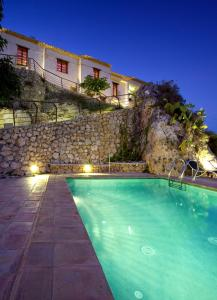 The swimming pool at or near Bajo El Cejo