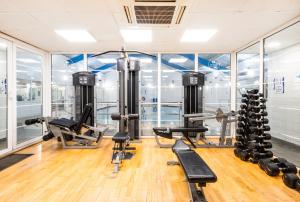 The fitness center and/or fitness facilities at Holiday Inn Maidstone-Sevenoaks, an IHG Hotel