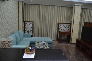 Uma área de estar em Sahlan House