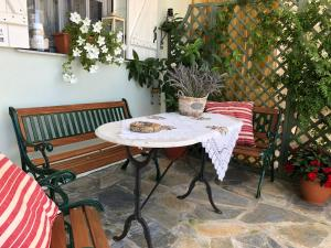 A porch or other outdoor area at Eva's House Mouresi