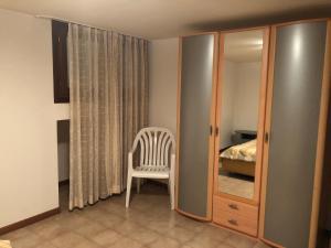 A seating area at Residence Corte del Sole Aprilia Marittima Costa Nord Adriatica