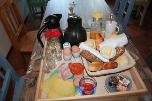 Options de petit-déjeuner proposées aux clients de l'établissement Bluesheep-texel