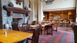 A restaurant or other place to eat at Raintree's The Miners Club Park City