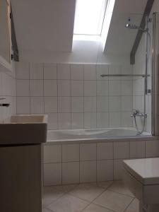 A bathroom at Ferienwohnungen Ahr-Allee