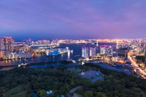 A bird's-eye view of Conrad Tokyo