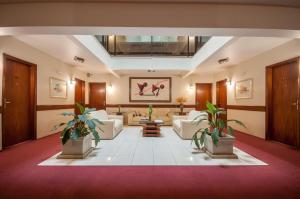 The lobby or reception area at Saint Peter Hotel São Jose do Rio Preto