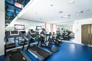 Фитнес-центр и/или тренажеры в Виктория Отель