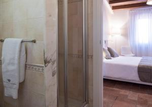 A bathroom at Relais Madonna di Campagna