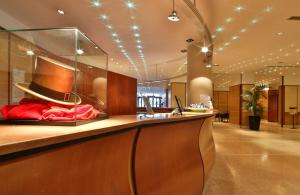 The lobby or reception area at Best Western Hotel Cappello d'Oro