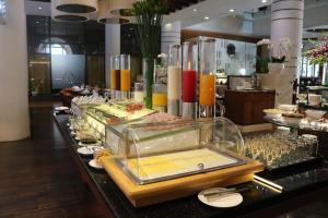 PARKROYAL Saigon餐廳或用餐的地方