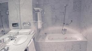Un baño de Hostería del Monasterio de San Millan