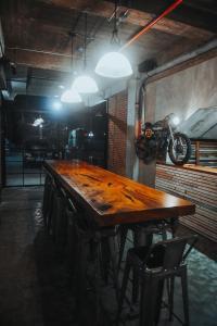 Ресторан / где поесть в The Bricks Hotel