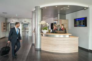 Mitarbeiter der Unterkunft Essential by Dorint Stuttgart/Airport