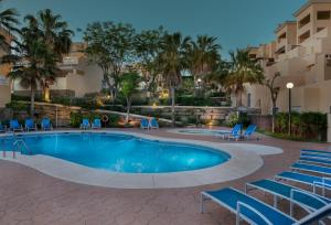 The swimming pool at or near Colina del Paraiso by Checkin