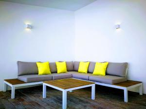 A seating area at Hotel Ronda Moments