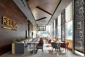 A restaurant or other place to eat at Fraser Residence Menteng Jakarta