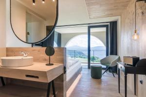 Ein Badezimmer in der Unterkunft Gloriette Guesthouse