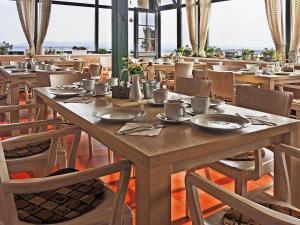 Restaurace v ubytování Hotel Vinohrad