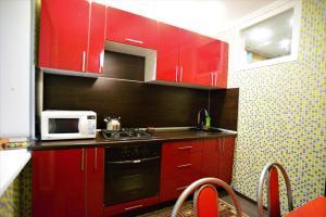 Кухня или мини-кухня в BestFlat24 Letnaya