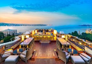A restaurant or other place to eat at Swissotel The Bosphorus Istanbul