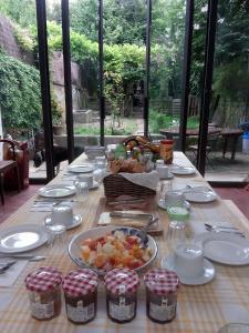 Ein Restaurant oder anderes Speiselokal in der Unterkunft 9:36 Porto - Bed and Breakfast