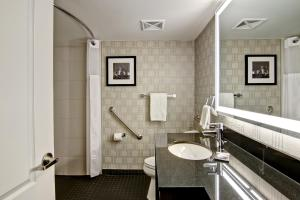 A bathroom at DoubleTree by Hilton Toronto Downtown