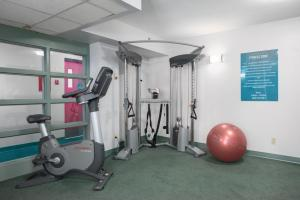 The fitness center and/or fitness facilities at YWCA Hotel Vancouver
