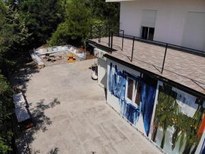 Вид на бассейн в High или окрестностях