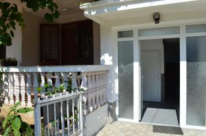 A balcony or terrace at Apartman Linera