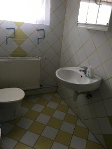 A bathroom at Zita Haus