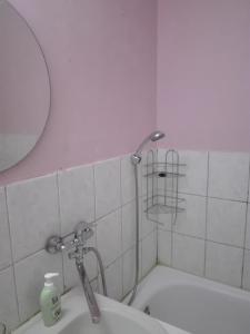 A bathroom at Anni Apartment