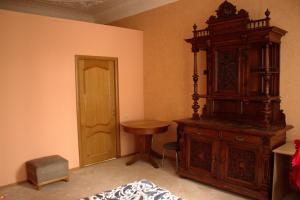 Гостиная зона в Apartment on Suvorovsky Prospect