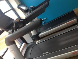 The fitness center and/or fitness facilities at Novotel Canberra