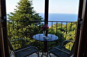 A balcony or terrace at Adilon
