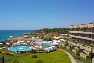 Vista de la piscina de Grande Real Santa Eulalia Resort & Hotel Spa o alrededores
