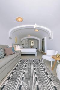 Coin salon dans l'établissement Mykonos Blanc - Preferred Hotels & Resorts