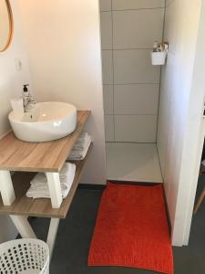 Een badkamer bij Bij Zelle