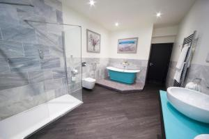 A bathroom at Hawkstone Park