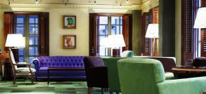 A seating area at Hotel Palafox