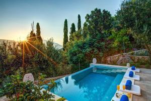 Piscina di Ionian Vista Villas o nelle vicinanze