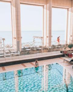 Het zwembad bij of vlak bij Hyatt Regency Nice Palais de la Méditerranée