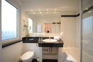 Ein Badezimmer in der Unterkunft Best Western Hotel zur Post