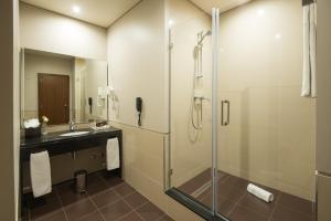 A bathroom at Vila Gale Collection Braga