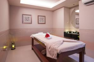Spa and/or other wellness facilities at Vila Gale Collection Braga