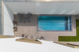 A view of the pool at Klinglhuber Suites or nearby