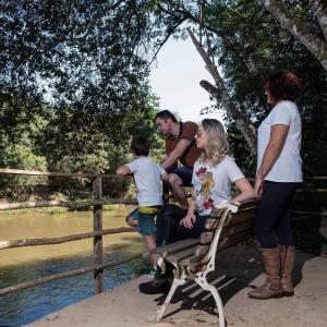 Família ficando em Santíssimo Resort