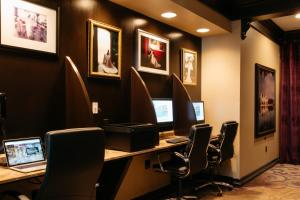The business area and/or conference room at Grand Bohemian Hotel Orlando, Autograph Collection