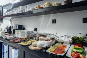 Breakfast options available to guests at Boutique Hotel Meltzer